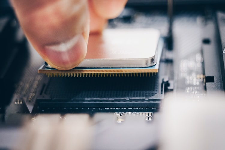 This is Why Advanced Micro Devices, Inc. (NASDAQ:AMD) is Poised To Top Q4 Earnings