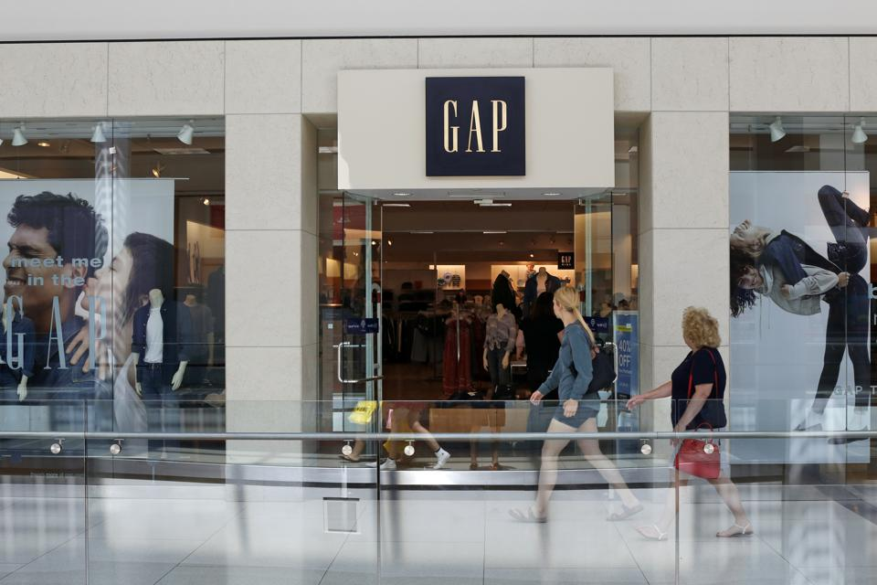 Gap Inc. (NYSE:GPS) Explodes On Touting e-Commerce Ambitions