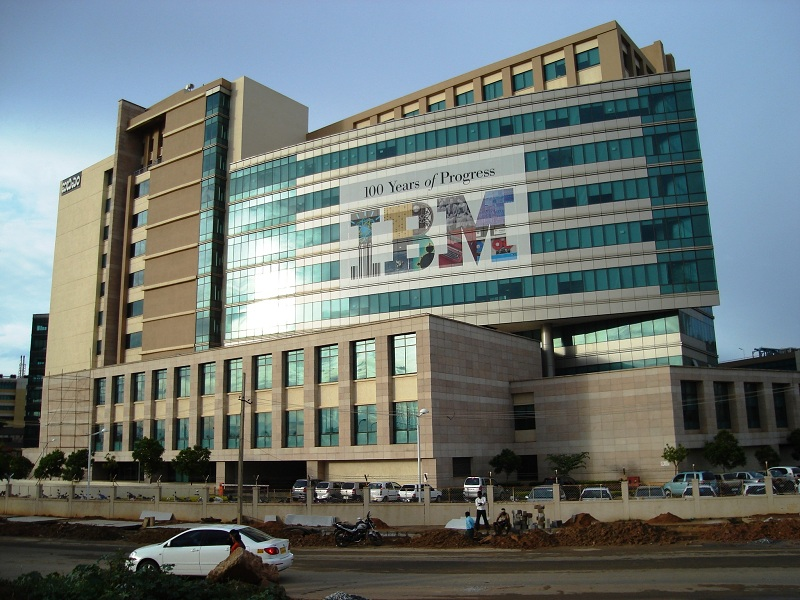 IBM (NYSE:IBM) Spinning Off Infrastructure Unit To Focus On Hybrid Cloud