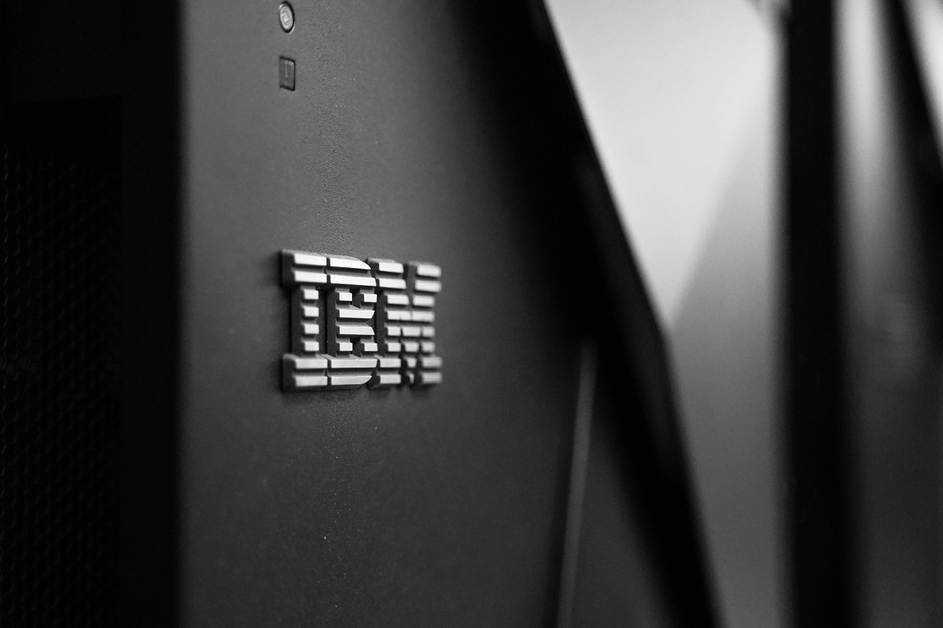 IBM (NYSE:IBM) is Next to Declare No Visibility into the Pandemic Future