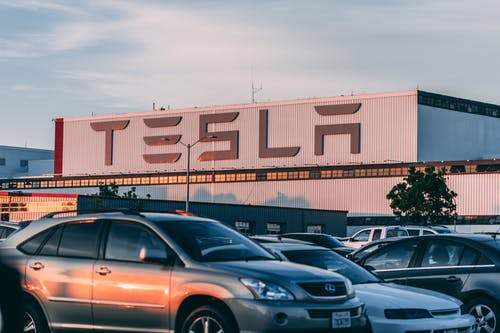 Tesla Inc (NASDAQ: TSLA) Is On Track To Achieve Its 500k Deliveries Target For 2020